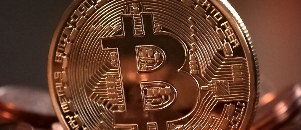 Bitcoin value and your altcoin investment